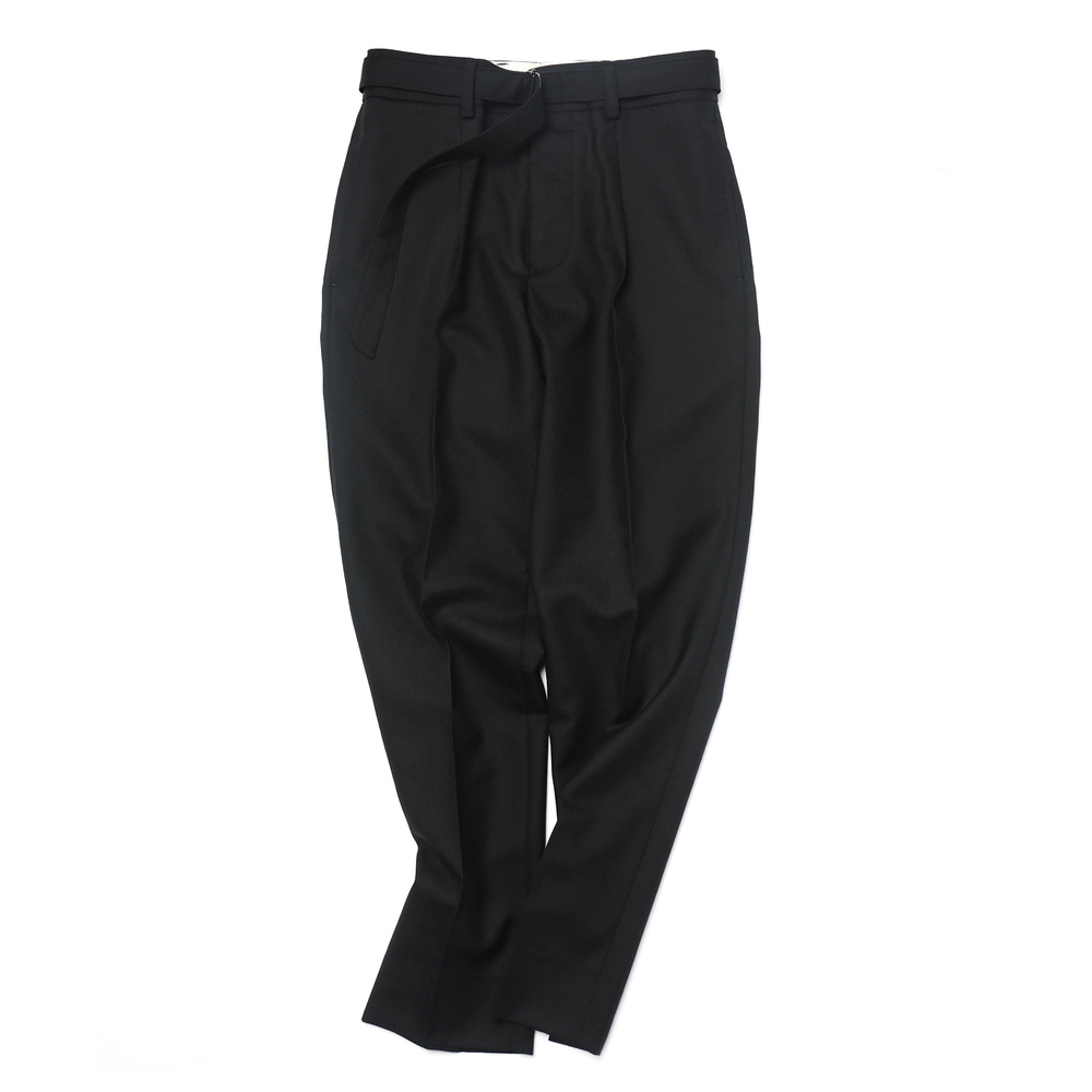 Black Plain Weave Dropped Belted Pants 03(Floor Plan Set-up)
