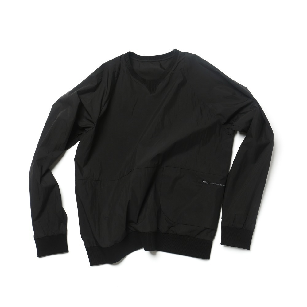 Black Packable Sweatshrits