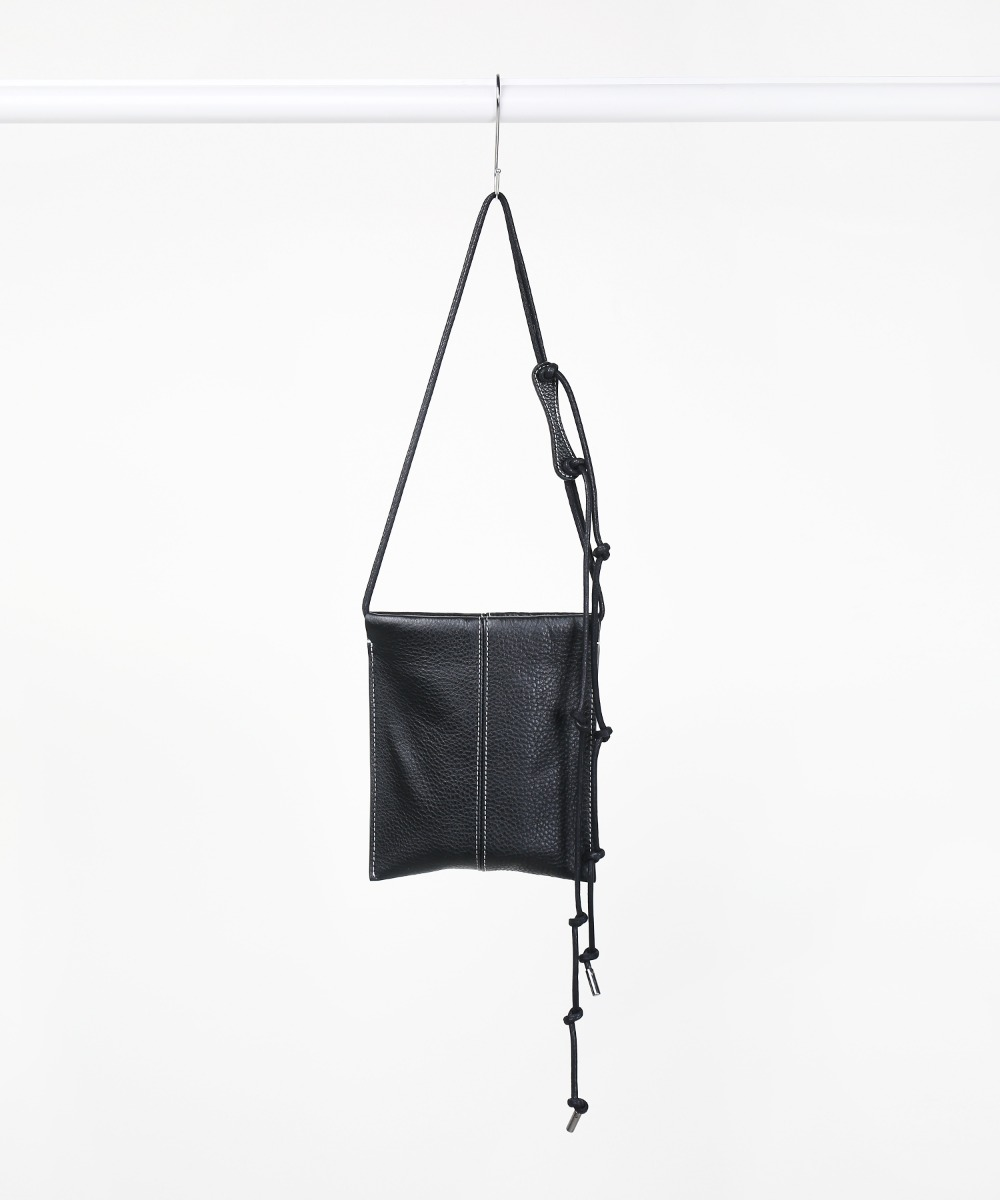 [3차 프리오더] Black String Adjust Leather Sacoche Bag.01 (7월 20일 발송)
