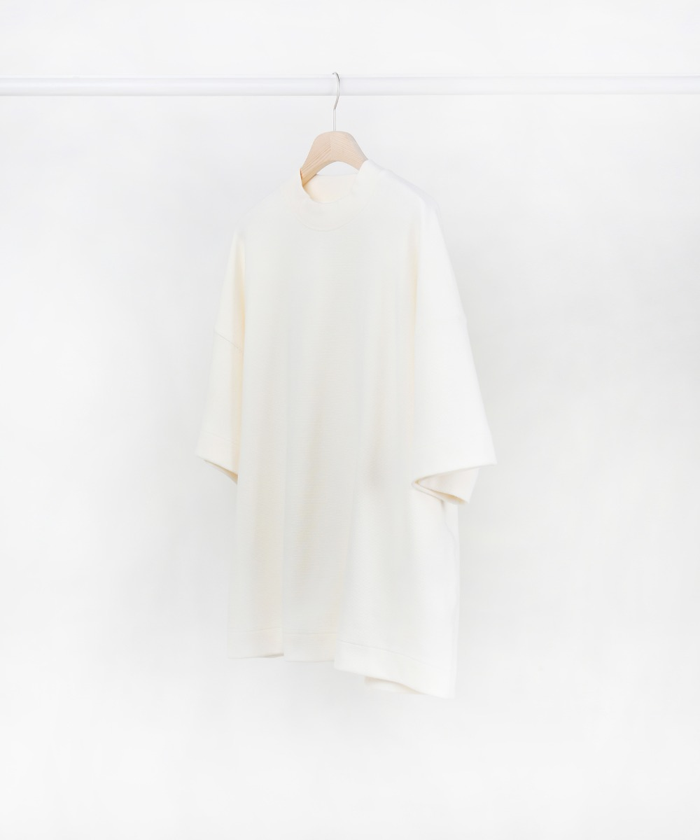 Ivory Half Sleeve Oversized Cotton Knit 01