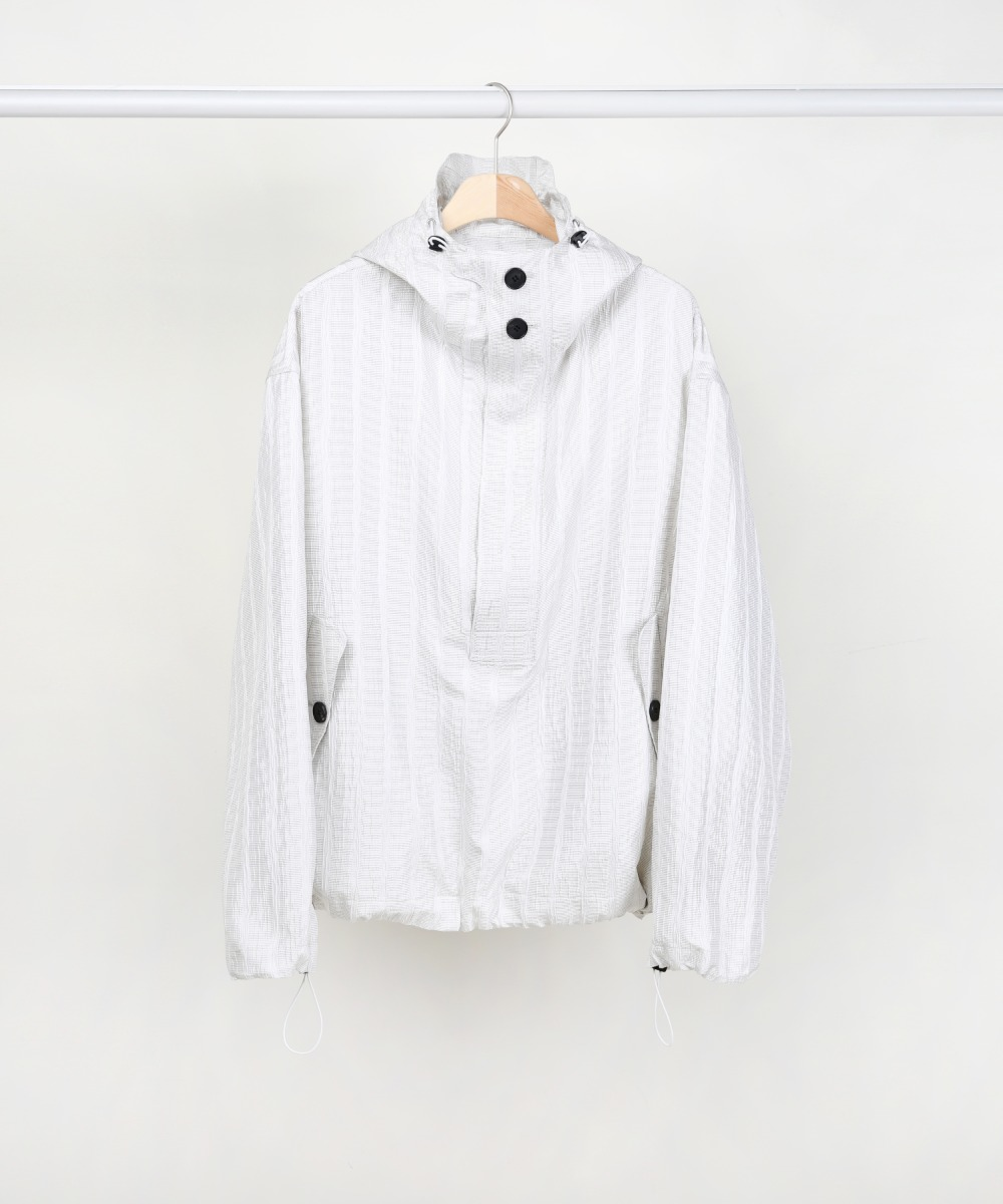 WHITE SILK STRIPE OVERSIZED ANORAK PULLOVER JACKET.01
