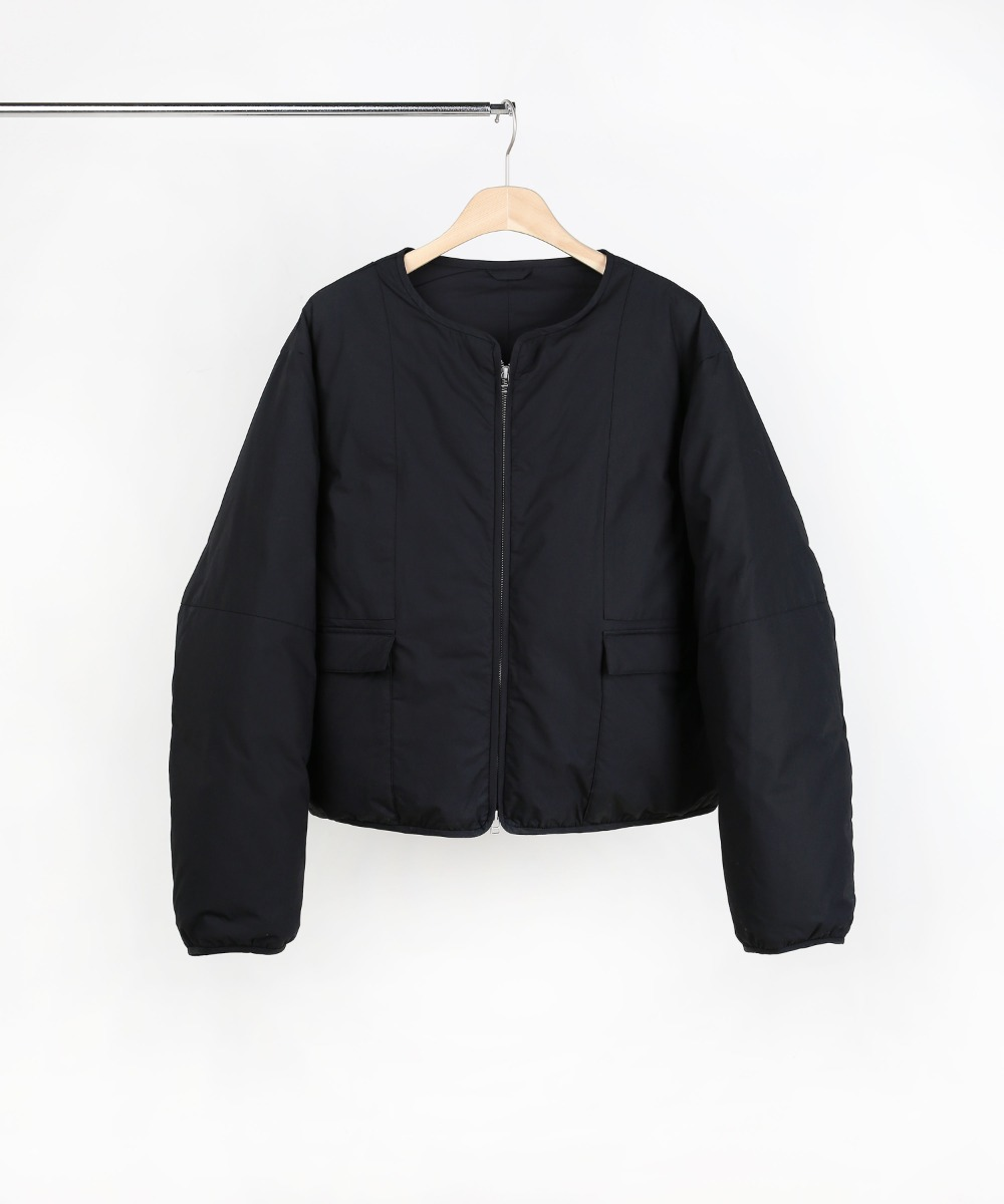 BLACK SHORT PUFFER DOWN JUMPER 01